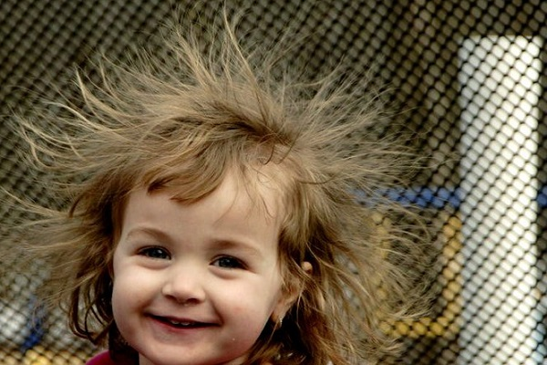 effect of static electricity